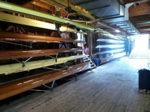 Phocas kan maar een beperkt aantal boten kwijt in De Haemel. Hierdoor moet je vaak meer dan een week van tevoren een boot reserveren om te trainen. Foto: Tim van Ham